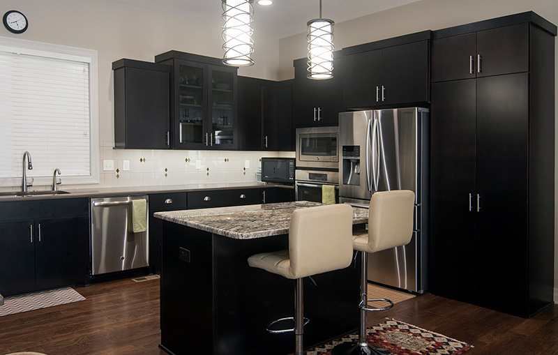 black kitchen cabinets in modern kitchen